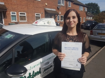 Congratulations to Jade L who passed her Automatic Driving Test this morning at #Norwich on a glorious #Bankholiday in #Bumble<br />